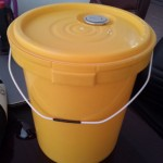 DANA Grease Bucket 20 Kg 20L With Spout Capand Handle for Export to Africa India Kenya Ghana Mali